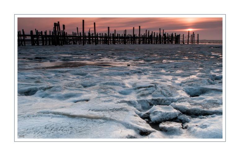 Ranzum Hafen Eis